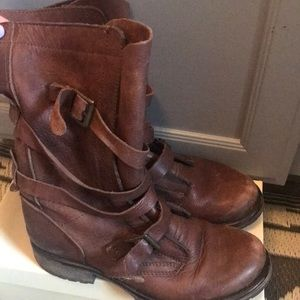 Steve Madden Brown Slouchy Boot